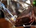 飛釀筆記(八十二)——葡萄酒里的沉淀,讓你藍瘦香菇?
